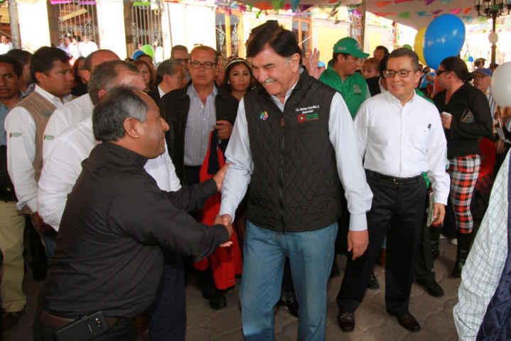 Entregan certificado de Pueblo Mágico a Tlaxcala y develan placa conmemorativa