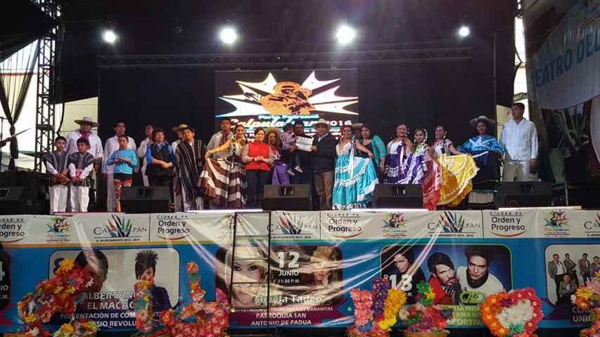 "Folclor de Oaxaca Presentes en ""Feria San Antonio Calpulalpan 2016"""
