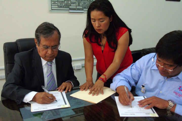 Signan Gobierno del Estado y Contla convenio para construir un nuevo centro de salud