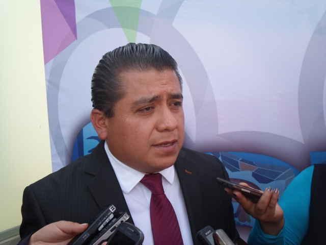 Alcalde de Apetatitlán solicitará licencia al cargo para ir por diputación