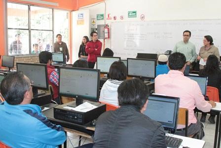 Sin contratiempos aplicación de evaluación para docentes