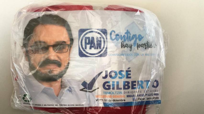 Con cobijas y dinero en efectivo pretende Pepe Temoltzin ganar Dirigencia del PAN