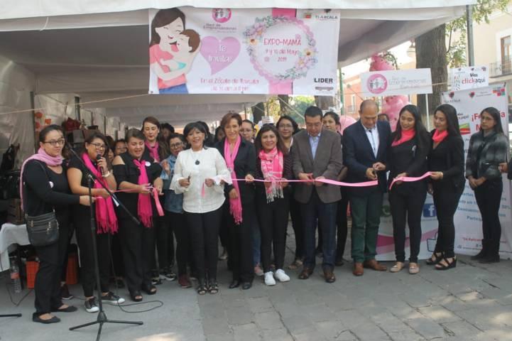 """Inaugura la alcaldesa Anabell Ávalos """"Expo Mamá"""" en la capital"""