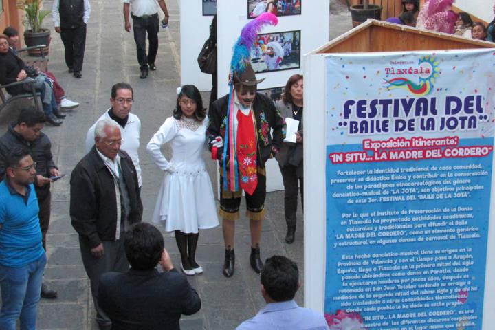 Inauguran en el Ayto. de Tlaxcala exposición itinerante In Situ... La Madre del Cordero