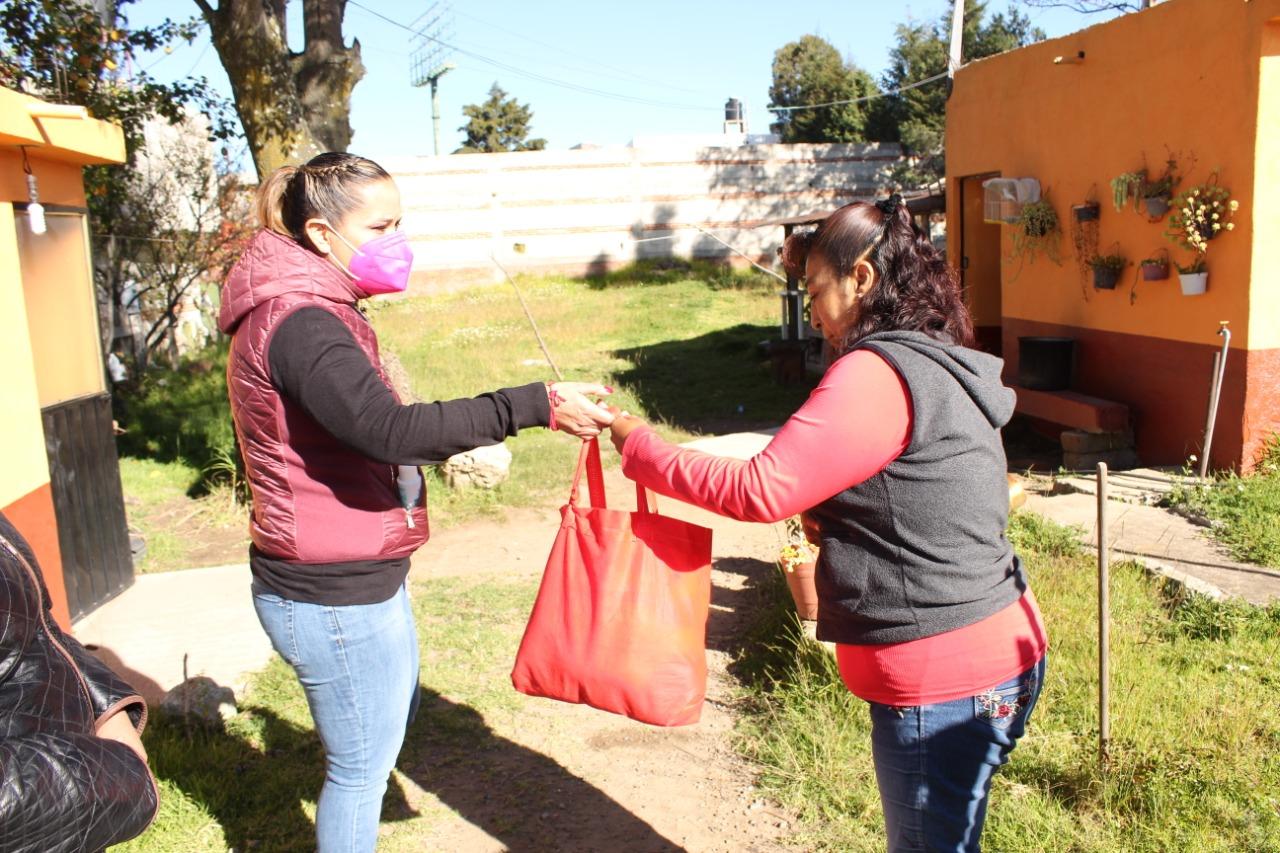 En Tetla se ven beneficiados con apoyos por parte de la Diputada Michaelle Brito