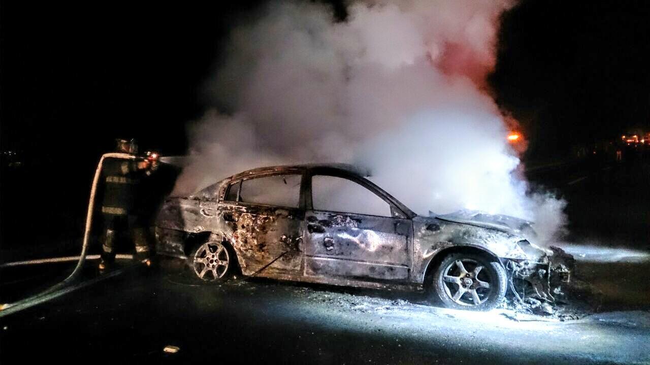 Bomberos sofocan incendio en autopista Tlaxcala-San Martín Texmelucan