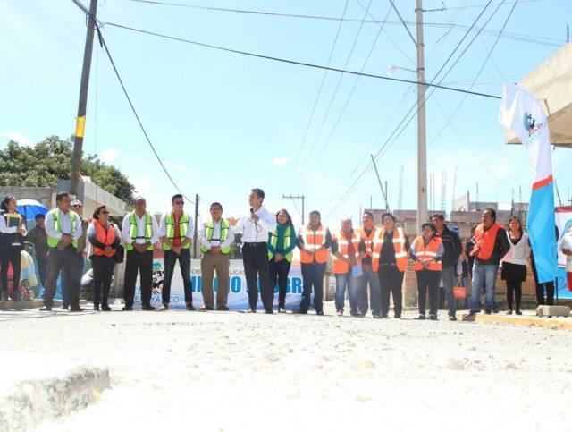 Dan banderazo para obras de drenaje en comunidad de Tepeyanco