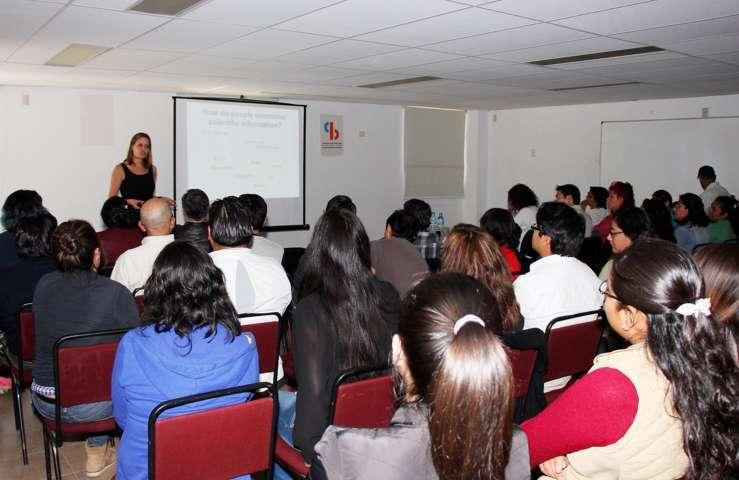 Organizó UAT taller con ponente de la Universidad Lund de Suecia