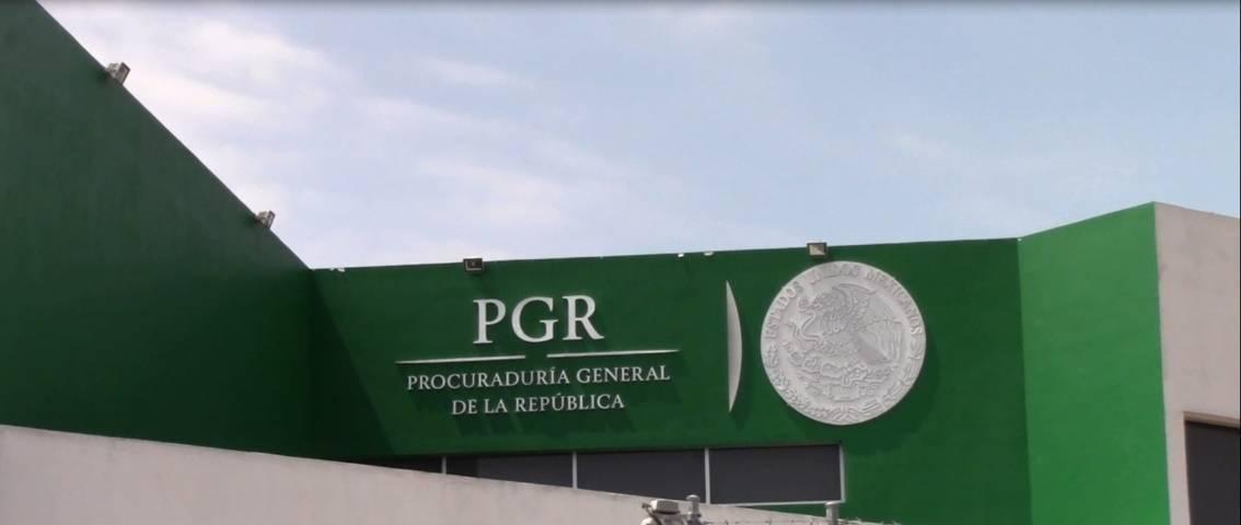 PGR vincula a proceso a chofer de autobús por huachicol