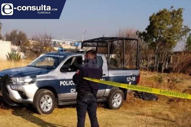 Localizan cuerpo sin vida en Chiautempan, al parecer se trata de un policía