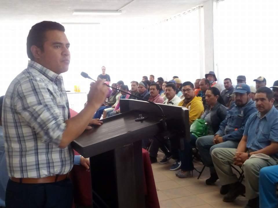 Ciudadanos y comerciantes reconocen a alcalde de Apizaco