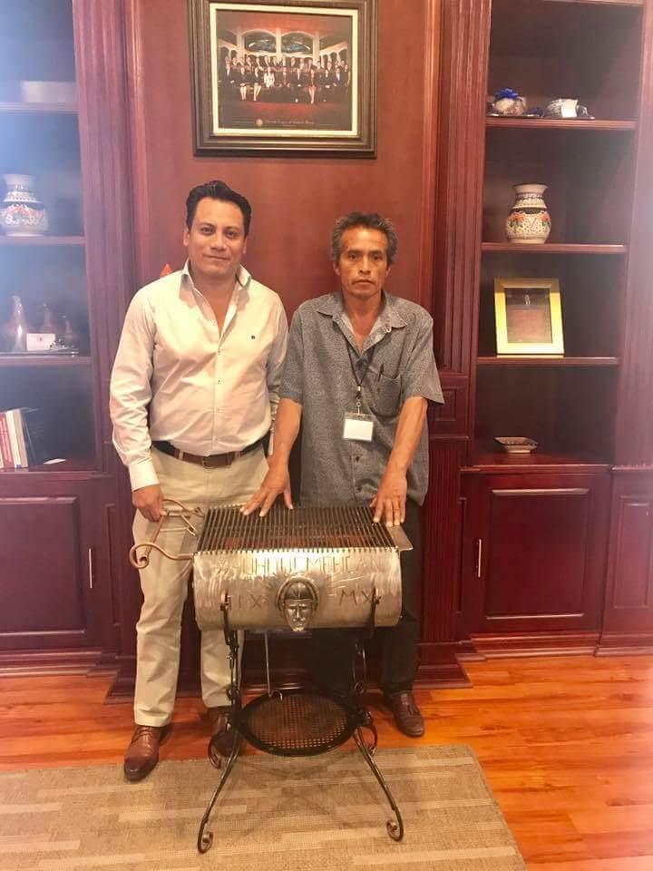 Saga impulsa el trabajo artesanal de Tlaxcala