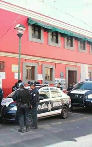 Ciudadanos denuncian gritos de mujer en separos de Chiautempan