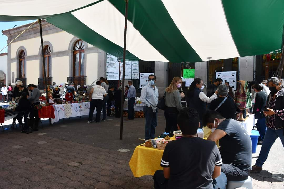 Artesanos y Gobierno Municipal celebran el XIII Festival del Artesano