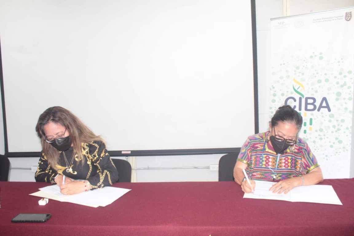 Firman convenio de colaboración el IPN y la Fundación Desiderio Hernández Xochitiotzi
