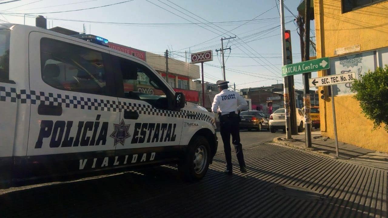 La Policía Estatal de caminos y vialidad realizan operativo vial en la capital