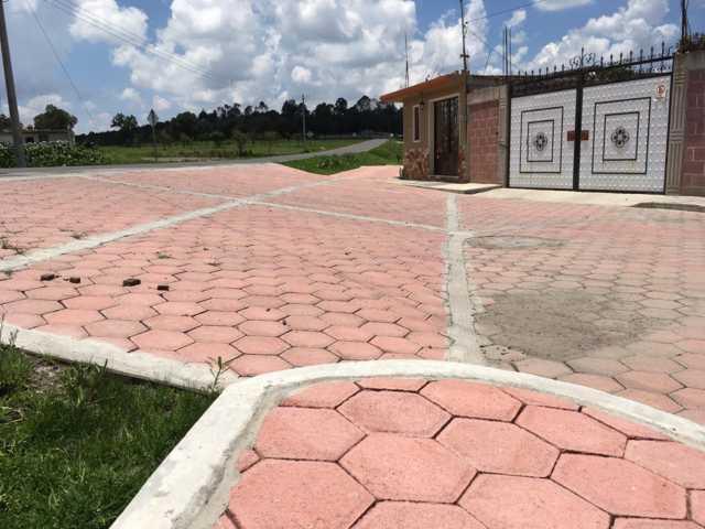 Con más calles pavimentadas contribuimos al desarrollo de la comuna: alcalde