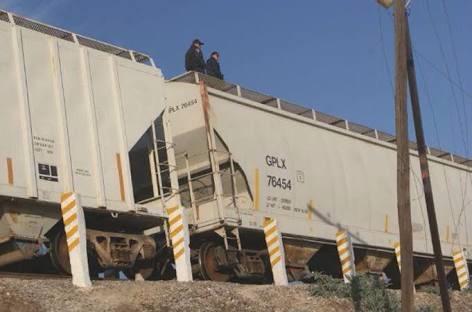 Disparan armas custodios de ferrocarril contra inmigrantes