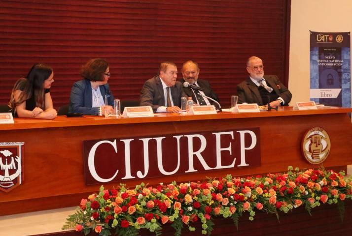 Presentaron en la UAT el libro: Nuevo sistema nacional anticorrupción