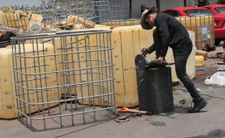 Destruye delegación de la FGR 287 objetos de delito
