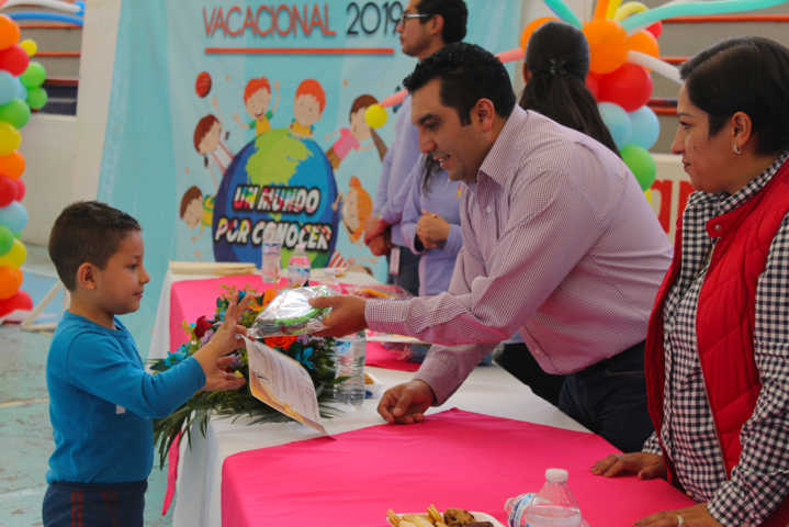 Clausuran Plan Vacacional en Calpulalpan