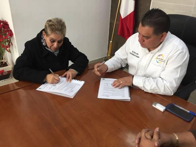 Firman convenio entre Apetatitlán y Cossies