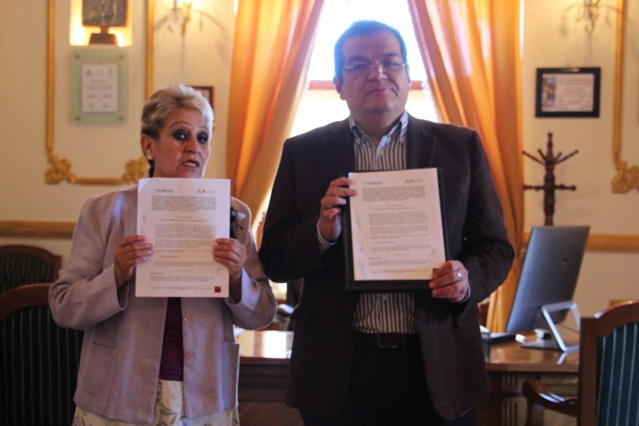 Firman convenio de colaboración Ayuntamiento de Huamantla y Cossies