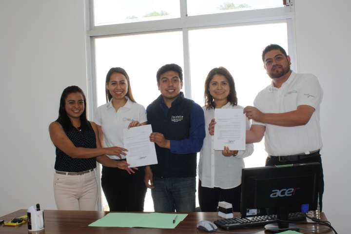 Punto México e IMJUVE Zacatelco firman carta de colaboración