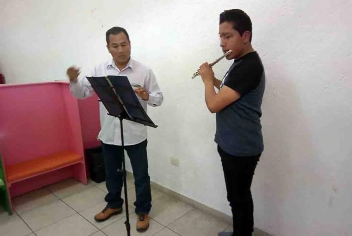 Profesionaliza comuna capitalina a estudiantes de música
