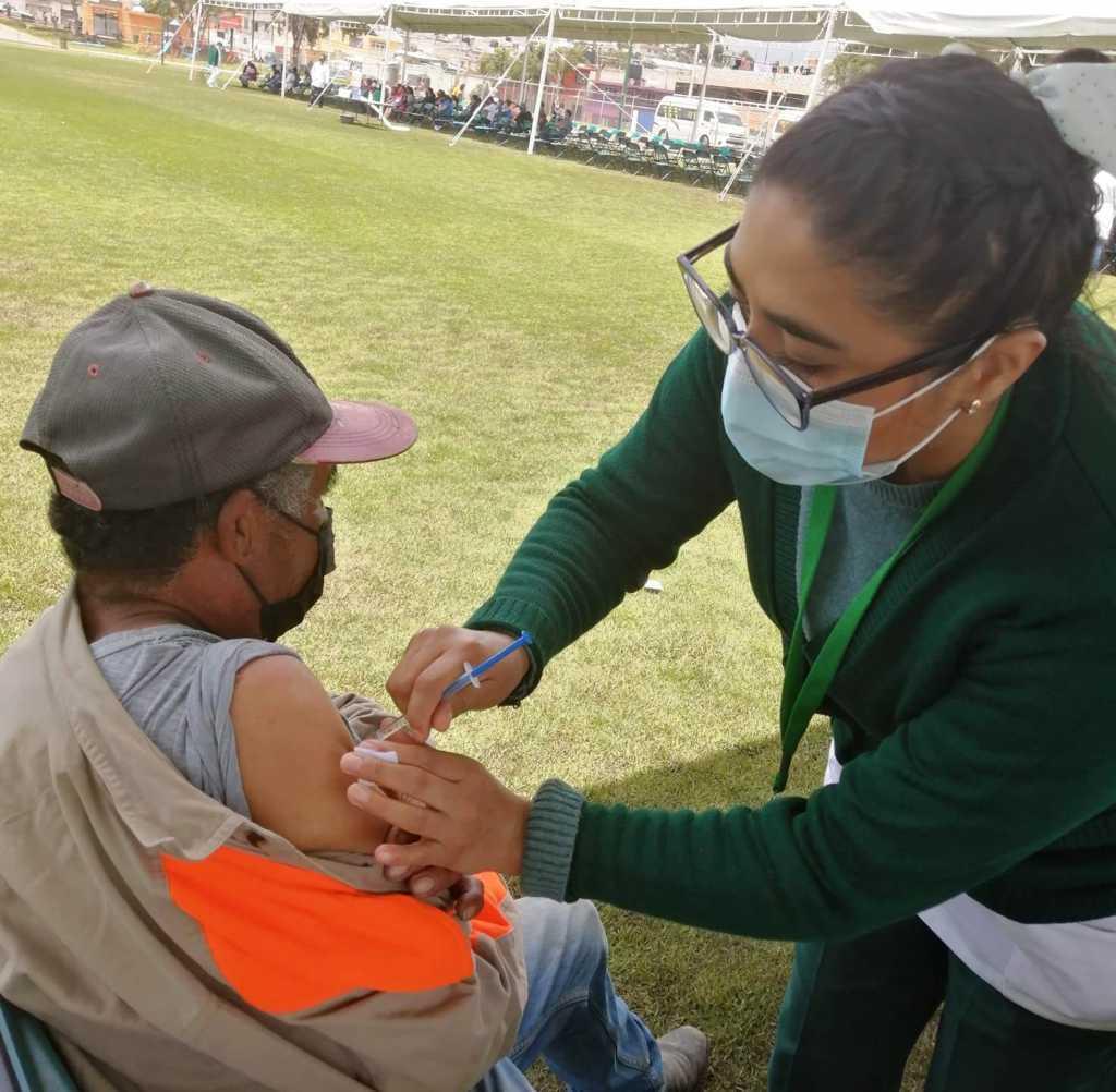 Inicia vacunación contra COVID-19 a personas de 30 hasta 59 años