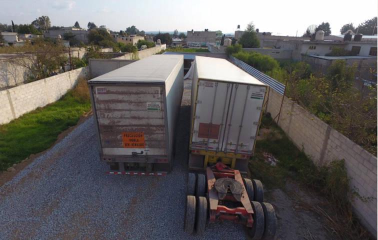 La CES aseguró un predio y dos cajas secas con mercancía en Panotla