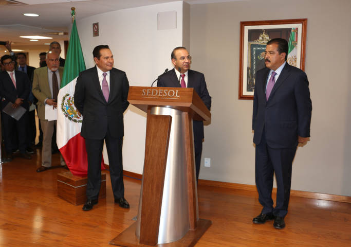 Toma posesión Eviel Pérez Magaña como nuevo secretario de Desarrollo Social