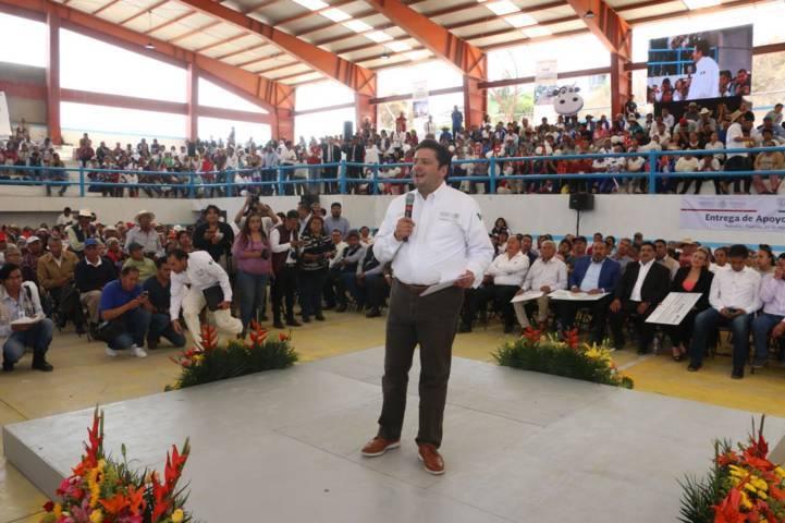 La política social no tiene colores, es para servir a todos los mexicanos: García Bejos