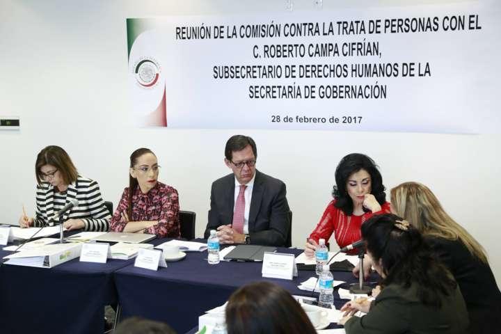 Exige Adriana Dávila que informes de Segob sobre trata de personas no sean una simulación