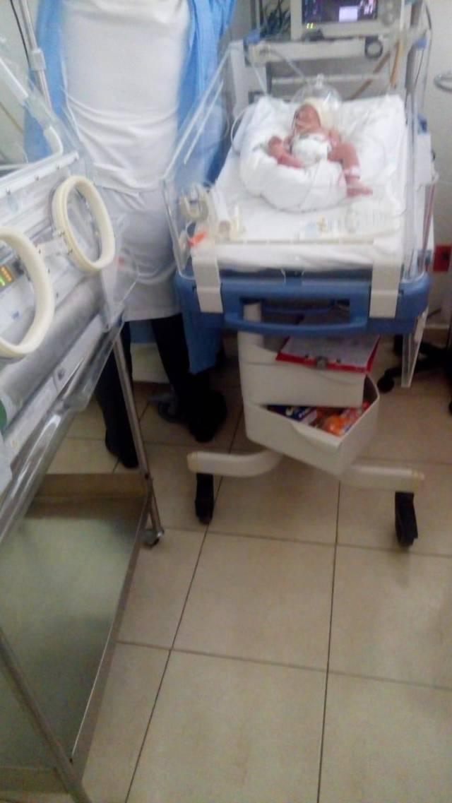 Auxilia Ambulancia de Tzompantepec a bebe recién nacida