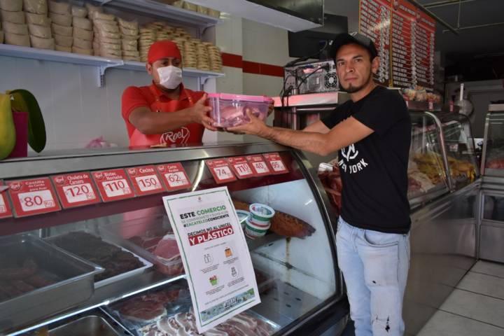 Comerciantes de Zacatelco se suman a no dar bolsas de plástico
