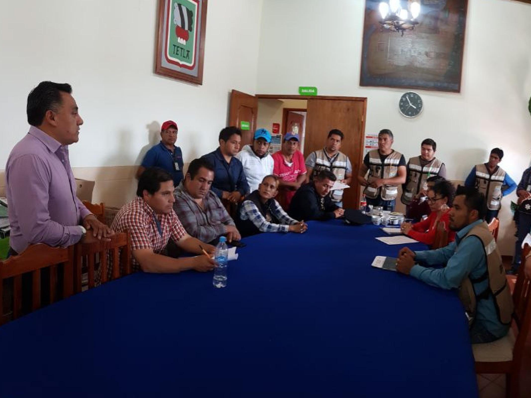 Envía presidente de Tetla, brigadas de supervisión por motivo de Sismo