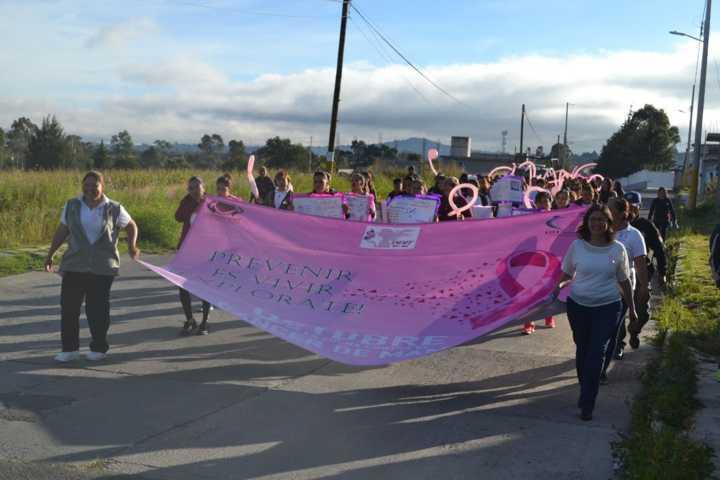 Conmemoran en Tzompantepec el Día Internacional de la Lucha contra el Cáncer de Mama