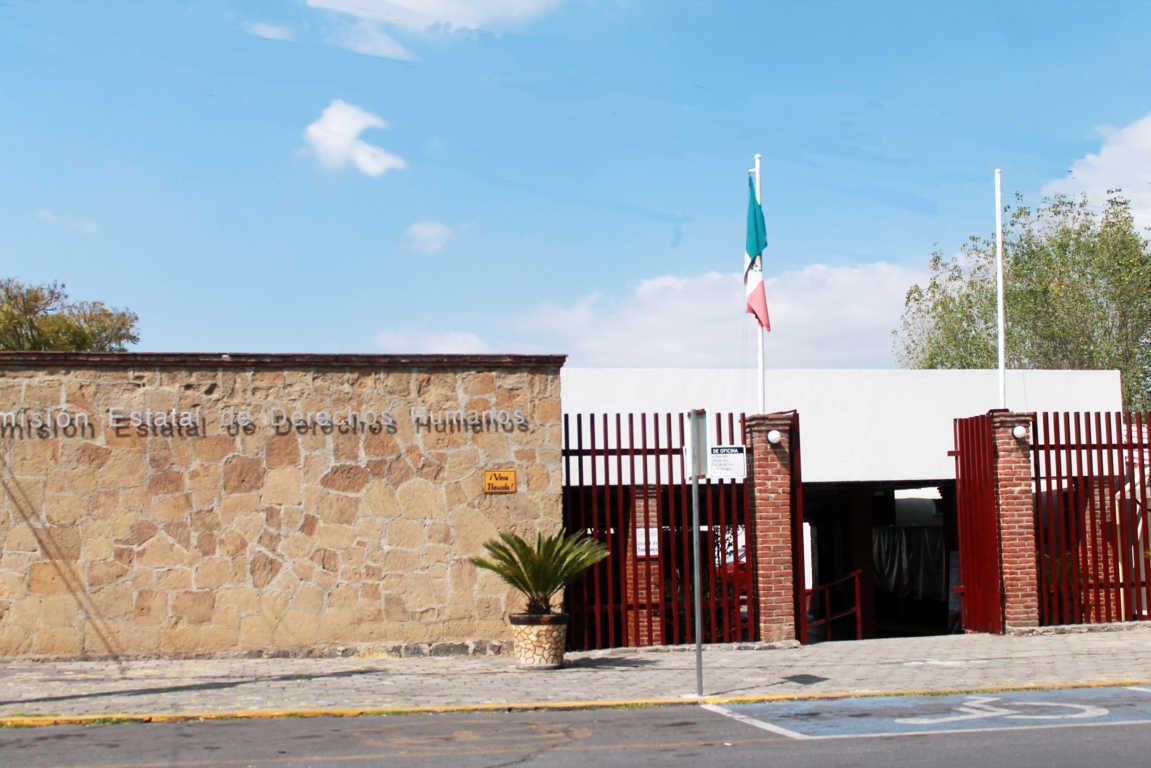 CEDH entrega primer distintivo al Instituo Tecnológico Superior de Tlaxco