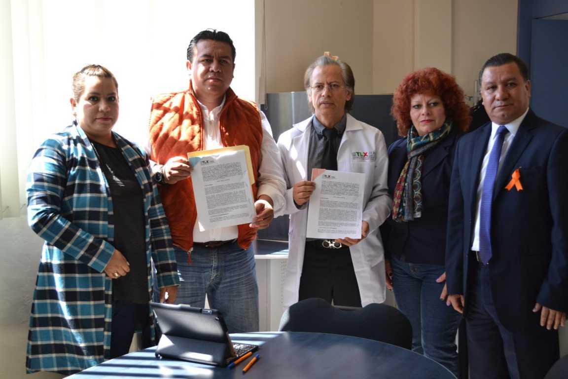 Gobierno de Tzompantepec firma convenio de servicios de salud con ITAES