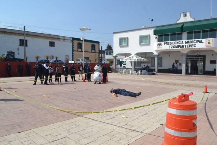Concluye capacitación a policías municipales de Tzompantepec