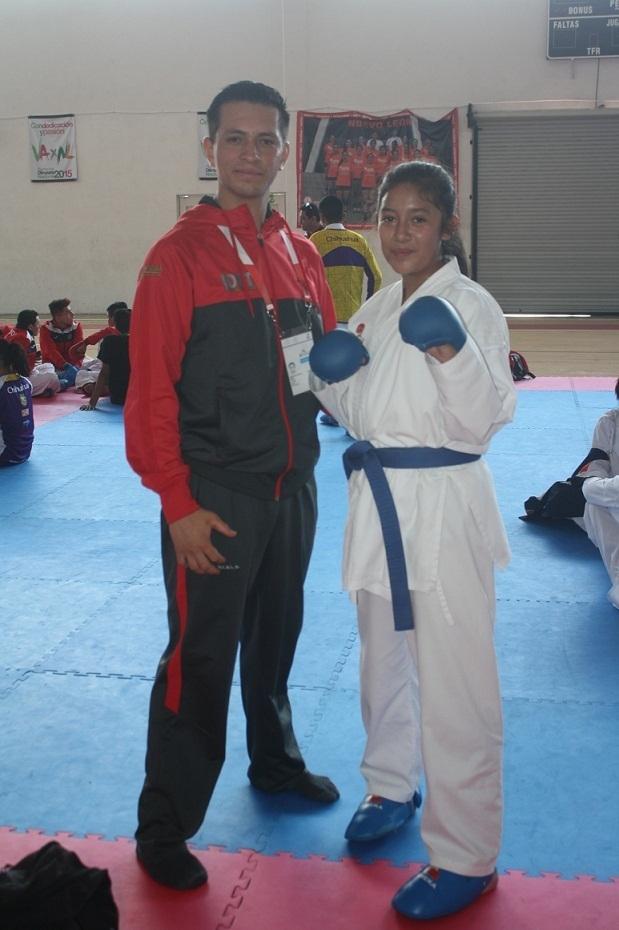 Participa Jade Soto Camacho en el karate de la Olimpiada
