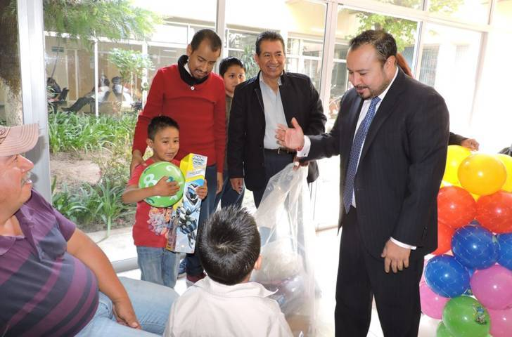 Llevan alegría a niños hospitalizados de Tlaxcala