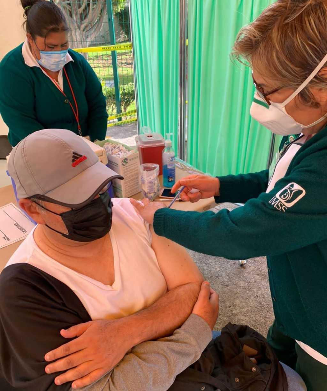 Invita IMSS Tlaxcala a que todas y todos los adultos mayores, estén vacunados