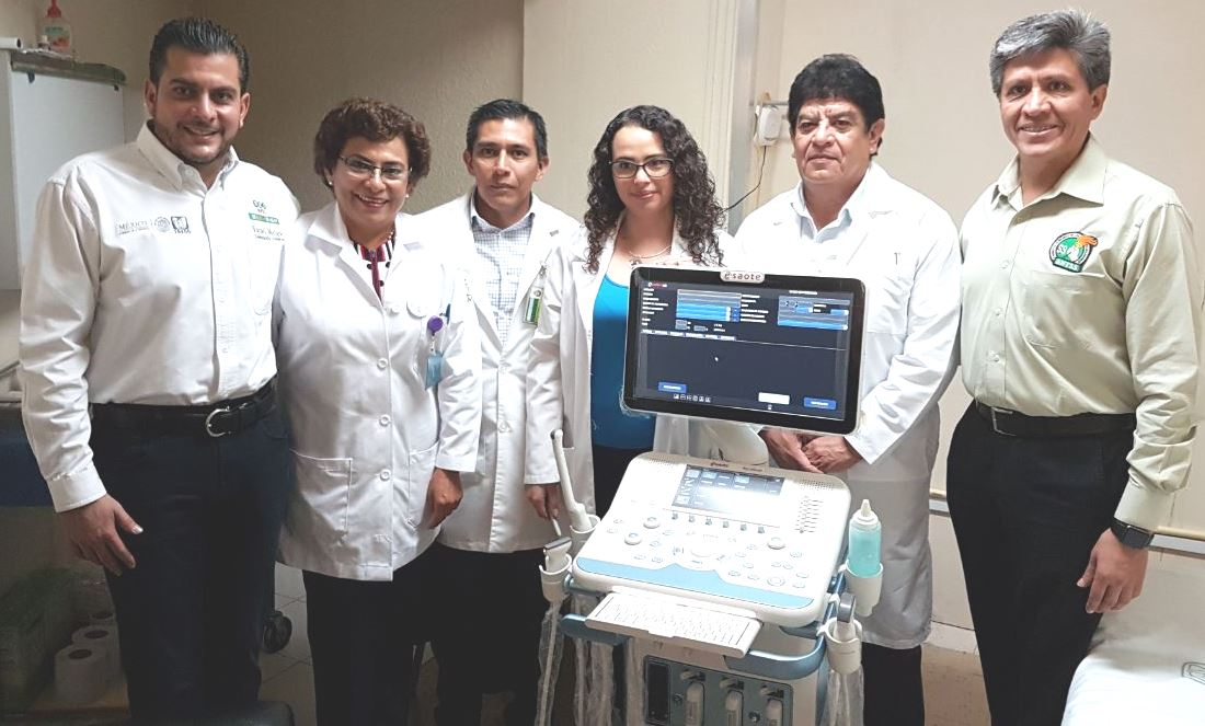 Yamil Melgar, delegado del IMSS en Tlaxcala entregó equipo de ultrasonido  y rayos x
