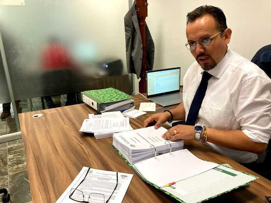 Diputado Cambrón recibe y analiza información del proceso de entrega recepción legislativa