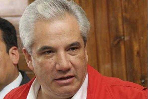 Priístas tlaxcaltecas arremeten contra el INSABI de AMLO