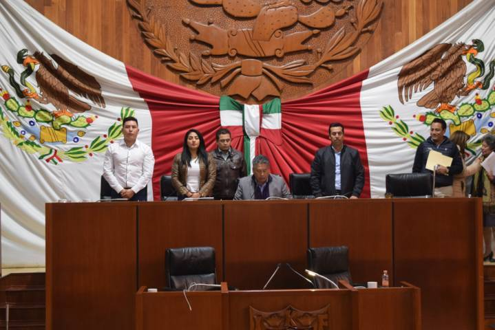 Autorizan a comunas de Apizaco y Terrenate contratar créditos con instituciones financieras