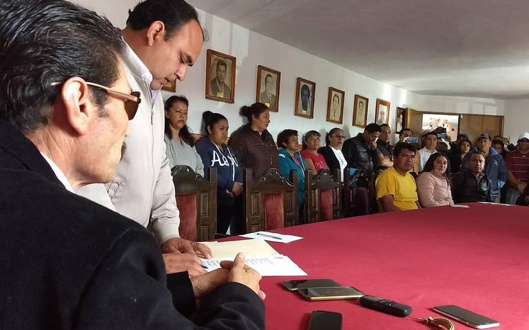 Ultimátum a alcalde de Xaltocan para que remueva a su hija como asesora