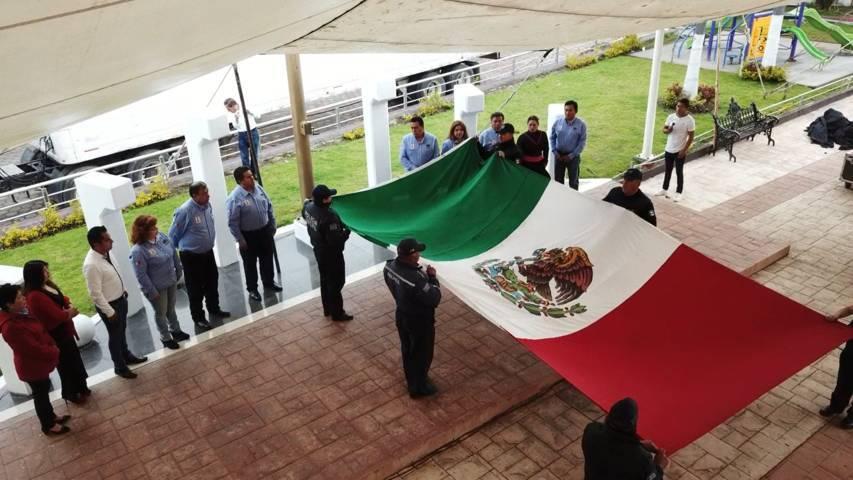 Alcalde trasladó el Fuego Simbólico de la Independencia al municipio